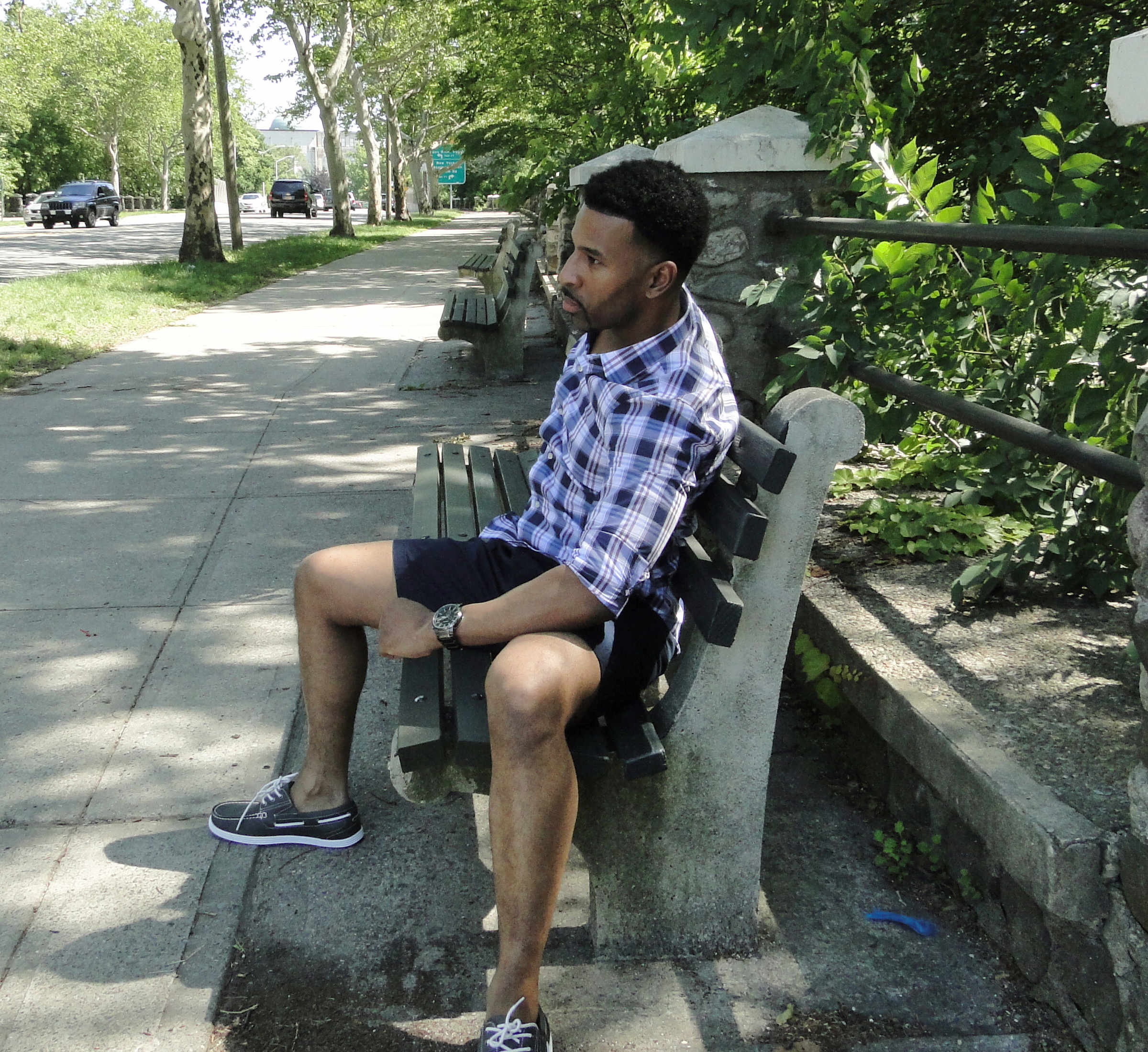 Summer Style For Short Men On A Budget: Express For Men Plaid And Chinos | ShortGuyCentral